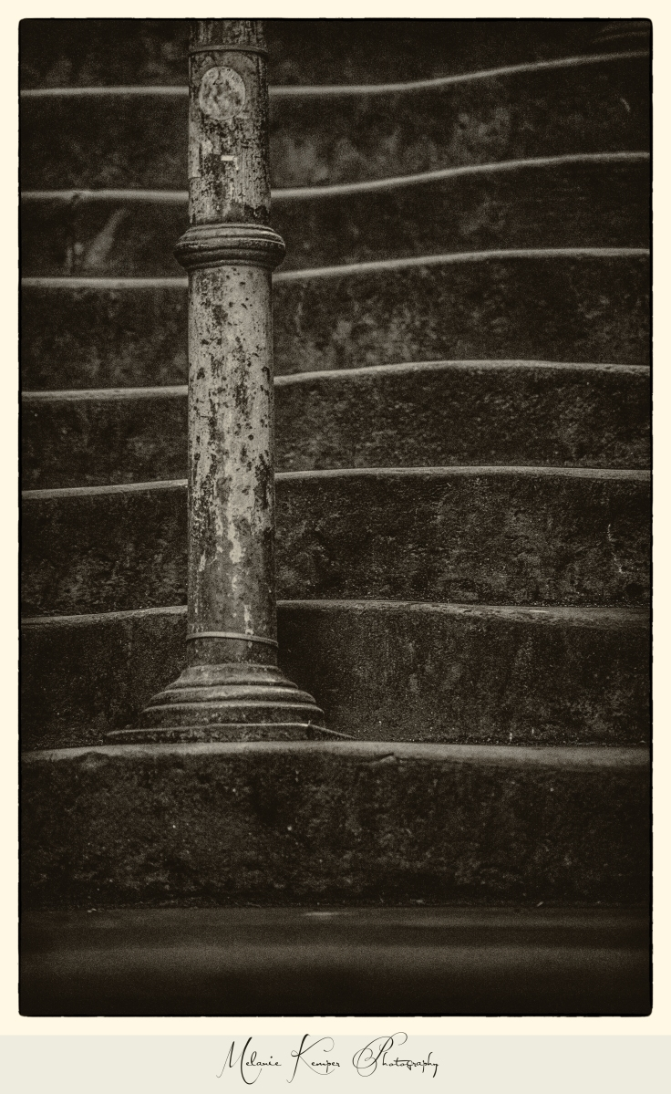 Postcards from Edinburgh: Guthrie Street Steps